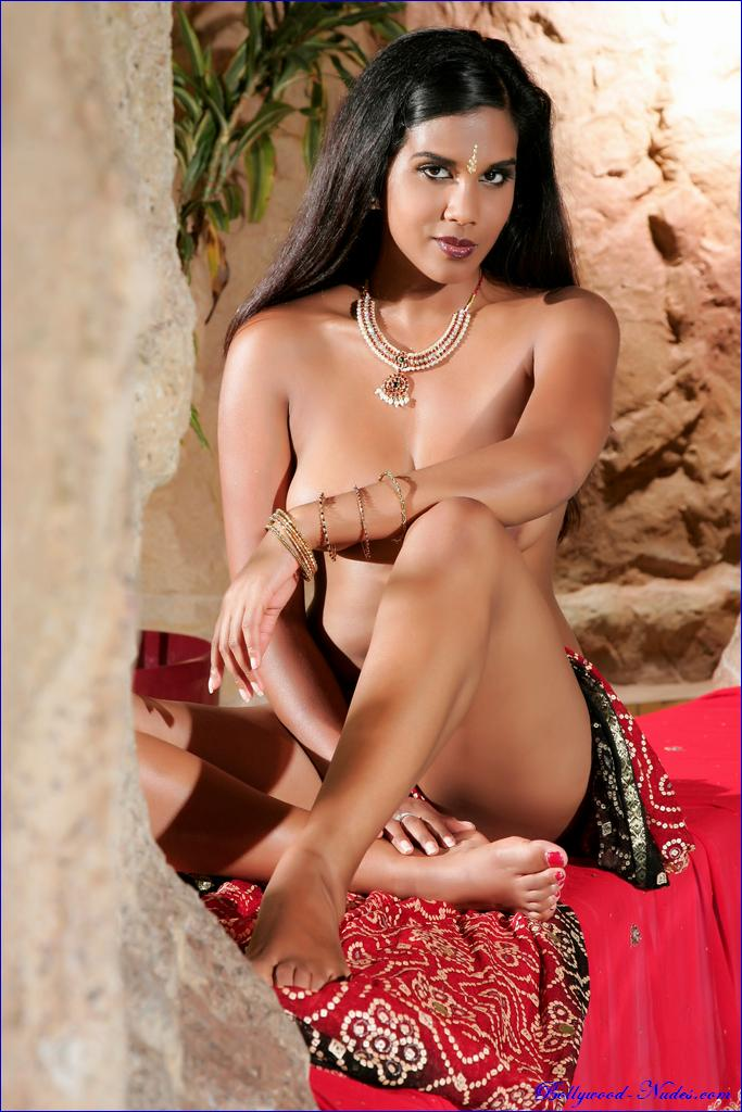 Apologise, Nudes ghana bollywood interesting. You