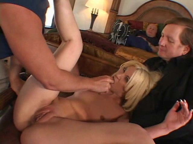 Friend fuck hubby wife